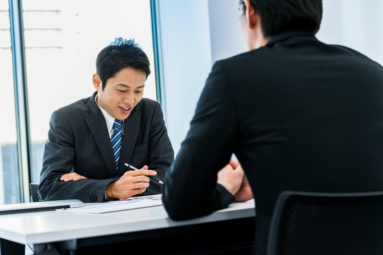 対面インタビュー&グルインで、顧客満足度改善に向け取り組むべき具体的改善策を明確化
