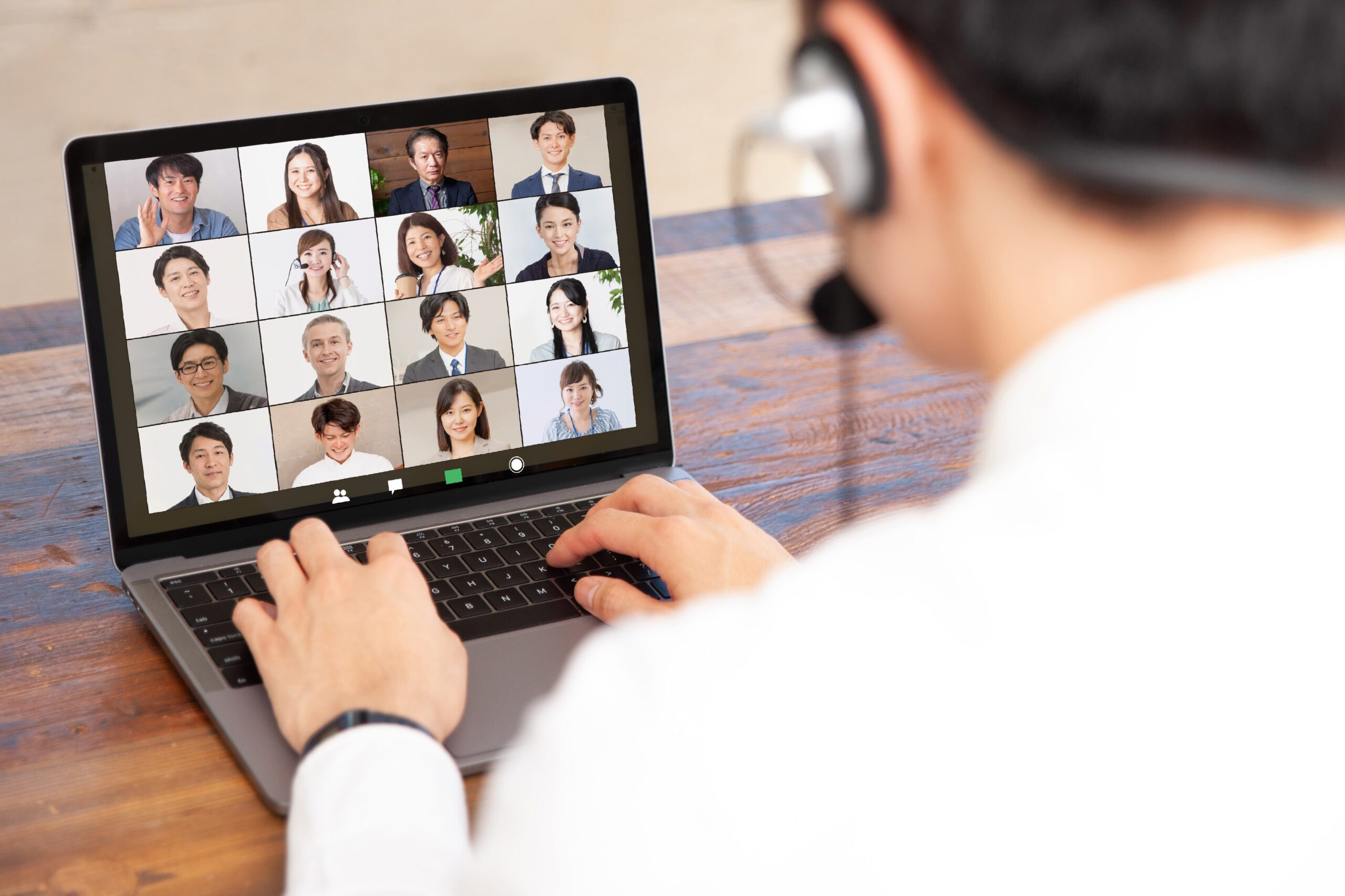 経営方針の自分ゴト化を目指した飽きないオンライン社員総会・表彰式の実施をトータルサポート