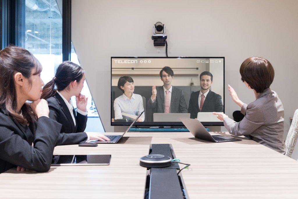 社員の参加率向上を目指した飽きずに参加できるオンライン社員総会を総合プロデュース